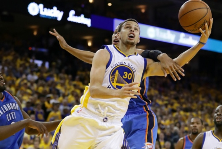 Nba, playoff: Thompson stende i Thunder, Warriors a gara 7