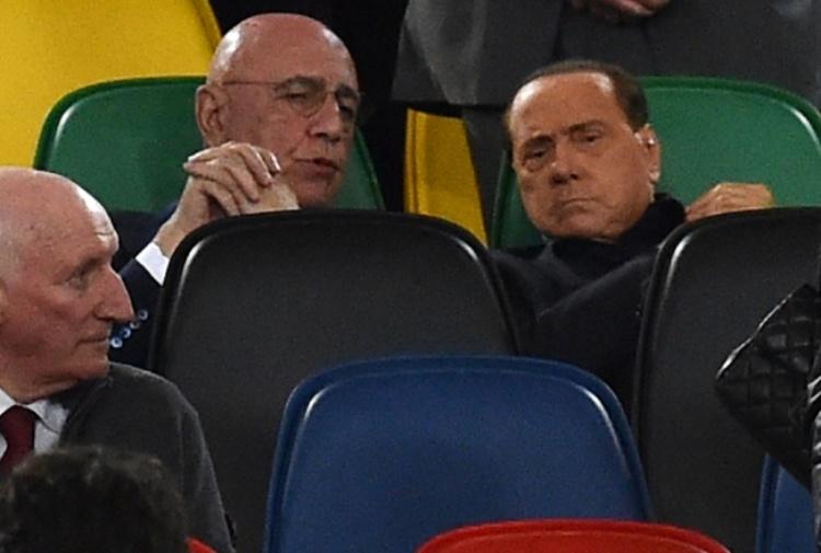 Milan, contestazione a Berlusconi: ultras a Villa San Martino