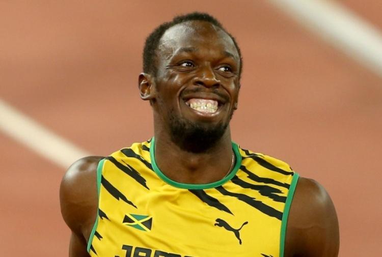 Usain Bolt balla la samba con ballerine brasiliane a Rio 2016