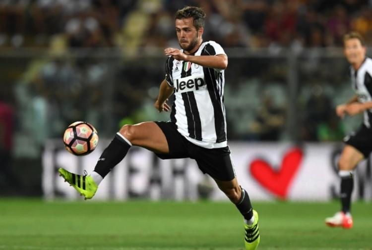Juventus, Pjanic suona la carica Vogliamo vincere tutto