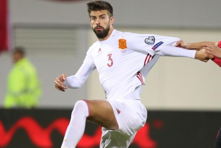 Albania-Spagna, Piqué dà l'addio: