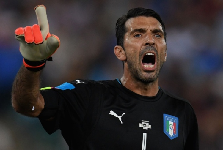 Serie A Juventus, Buffon vince il Golden Foot 2016