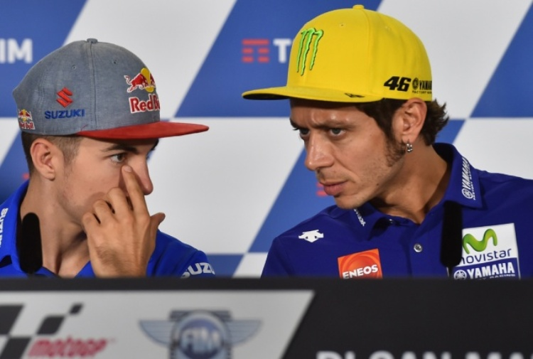 Cadono Rins e Iannone, prove sospese a Valencia