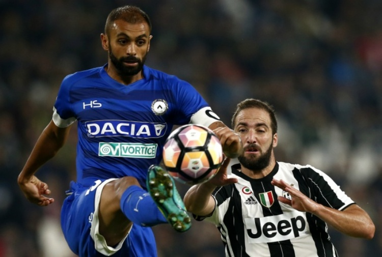 Udinese follia Danilo, entra duro su tre compagni, allontanato da Delneri