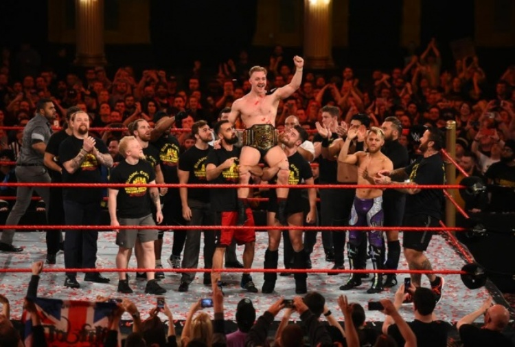 Tyler Bate è il primo WWE UK Champion