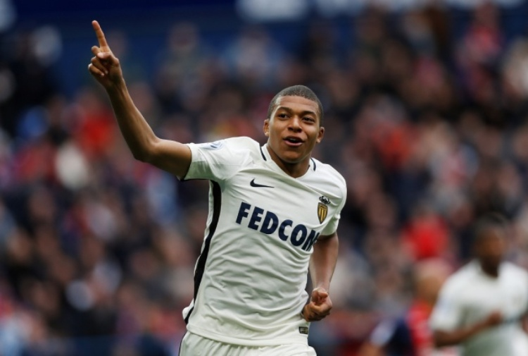 Mbappé, irrompe il Real Madrid