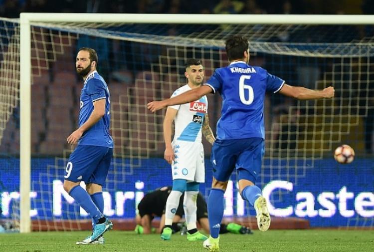 Napoli-Juventus 3-2: Higuain, doppietta e scintille con De Laurentiis