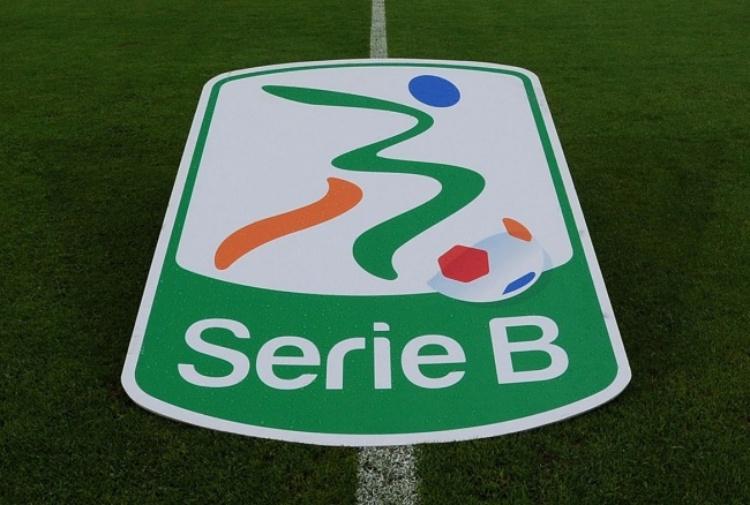 Serie B, anticipata la 42^ giornata: date di playoff e playout
