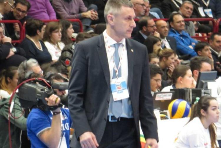 Azimut, presentato il nuovo allenatore Stoytchev