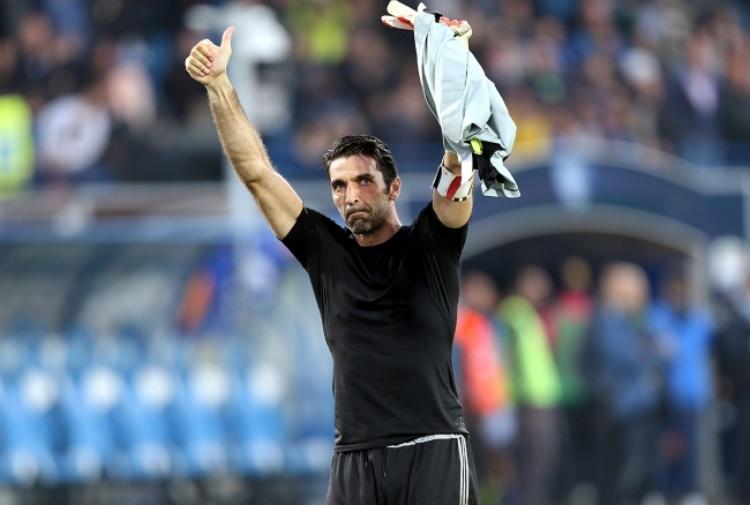 Buffon: 'Ultimo anno per me. Giusto che Szczesny mi mandi in pensione'