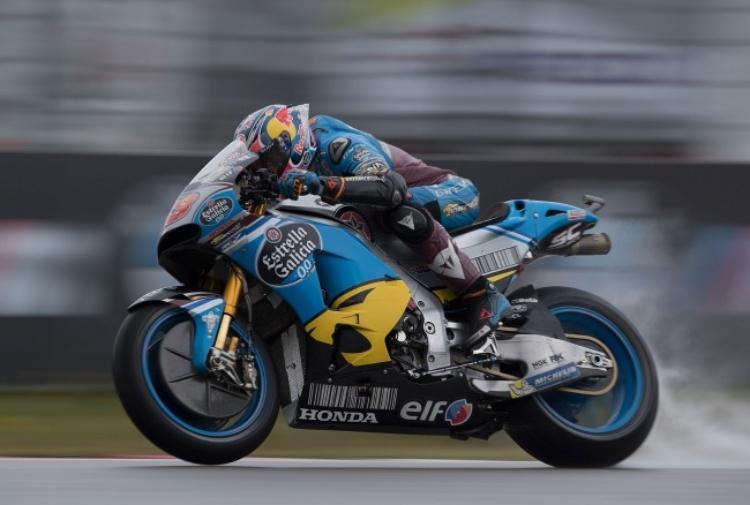 Gp Assen: Miller domina un warm up bagnato, Rossi 10°