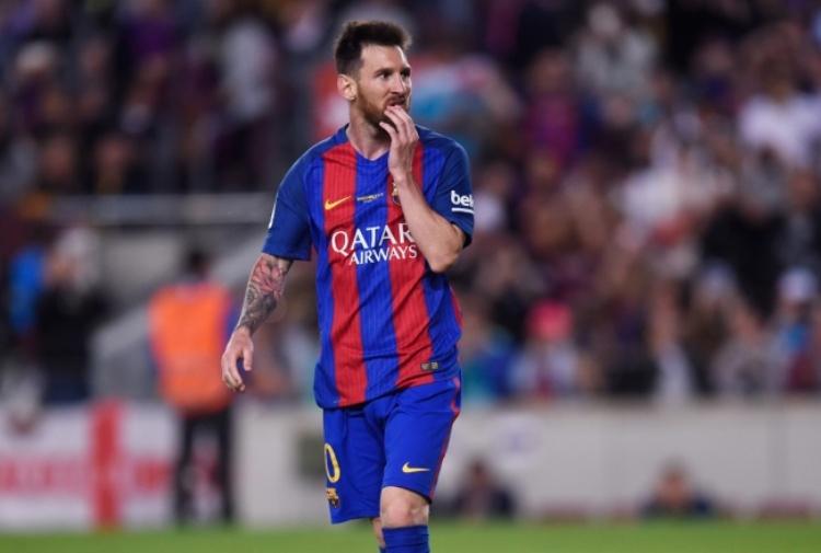 Barcellona, Messi rinnova e Verratti: 'Voglio andarmene'