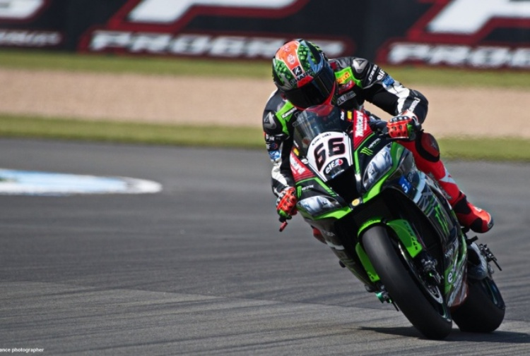 Superbike, Sykes in pole a Laguna Seca