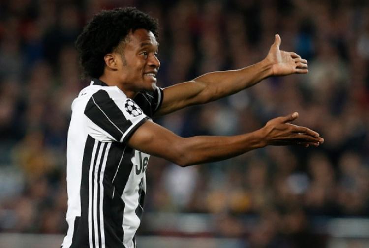 Milan, braccio di ferro con la Juventus per De Sciglio