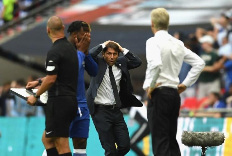 Antonio Conte rinnova con il Chelsea