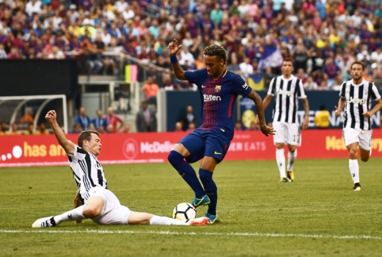 Juventus-Barcellona, le formazioni ufficiali: out Douglas Costa, Neymar dal 1'