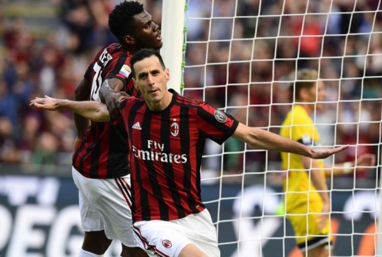 Serie A: il Napoli a valanga sul Benevento. Il Milan supera l'Udinese