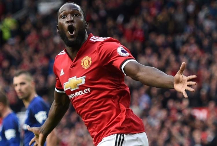 Manchester, cori sessuali a Lukaku: tifosi United accusati di razzismo