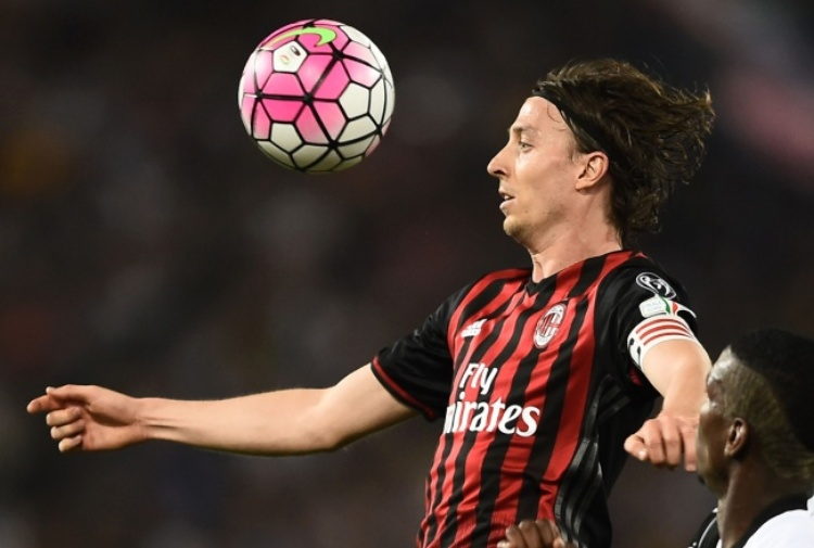 Montolivo-Montella, botta e risposta in conferenza
