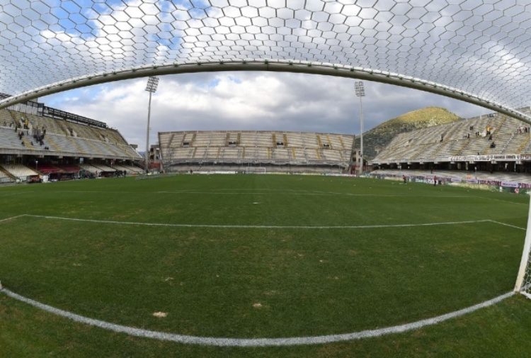 Salernitana e Cremonese a braccetto in zona playoff