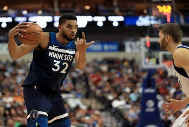 NBA, Towns lancia Minnesota