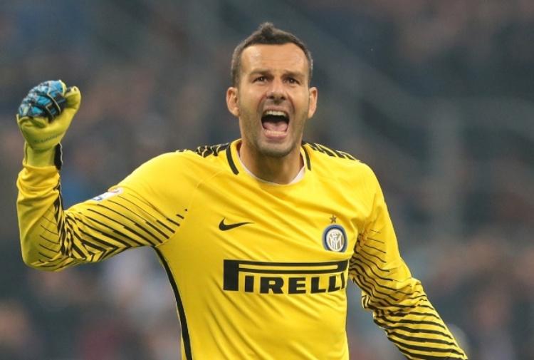 Handanovic rinnova a vita con l'Inter