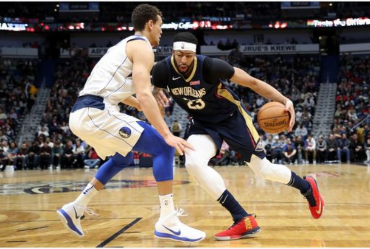 Super  Anthony Davis, 45 punti contro Boston