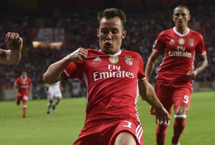 Napoli, Grimaldo può arrivare a giugno: ecco l'offerta al Benfica