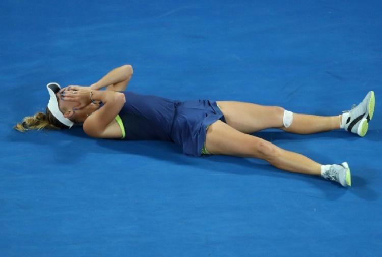 Australian Open, trionfo Wozniacki: battuta la Halep