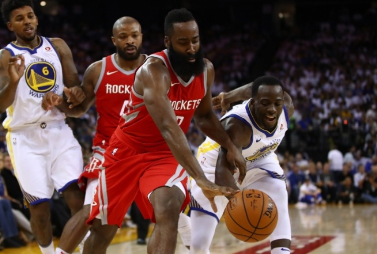 NBA: super Hardem, Houston vola