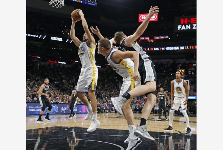 Golden State batte i Kings, Belinelli sconfitto