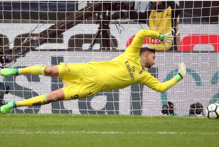 Napoli, Sarri: ''Milan grande squadra, non mi interessa il percorso della Juve''